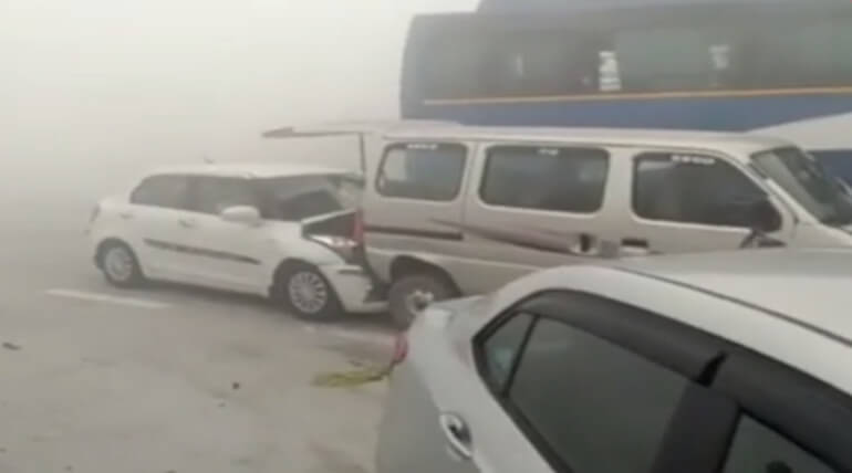 Delhi Yamuna Expressway Accident Due To Air Pollution