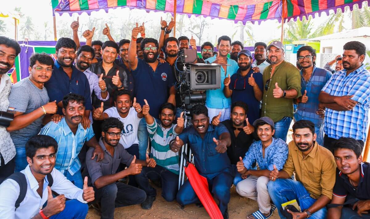 Irumbu Thirai Shoot Wrap Up Still3