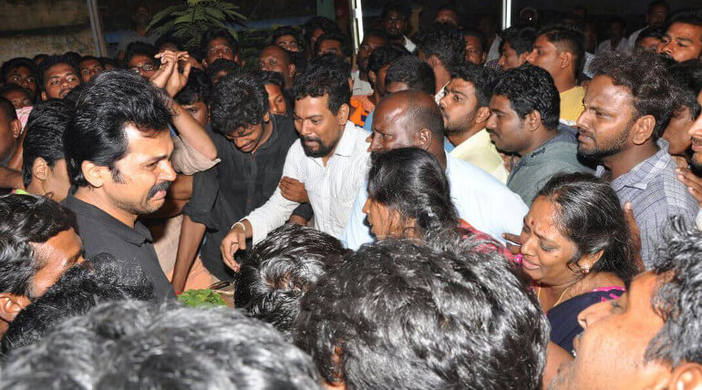 Karthi Paid Final Tribute With Teared Eyes To His Fan Died In Accident