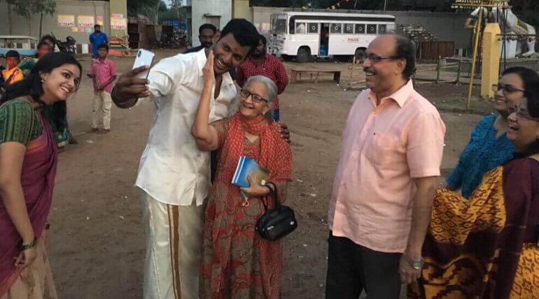 Keerthy Suresh Family At Sandakozhi 2 Shooting Spot still2