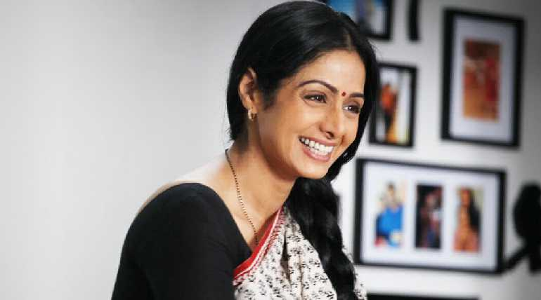 Lengandary Bollywood Star Sridevi died after cardiac arrest in Dubai at midnight, enire film industry is shocked